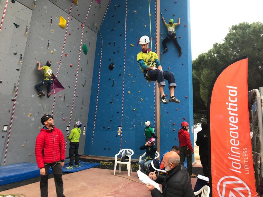 LA LINEA VERTICAL colabora a inculcar la pasión por la escalada a los más jóvenes